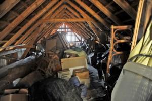 почистване на таван